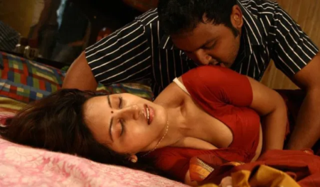 Indian Desi Bhabhi Viral Video Clip Enjoy Here